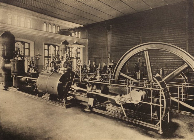 The equipment of the Alekseevskaya pumping station. Early XX century. Photo courtesy by Atrium