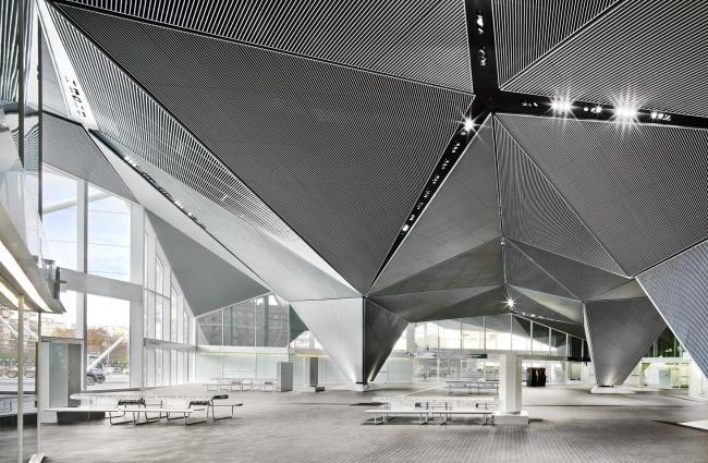 Вокзал скоростных поездов в Логроньо. 2012 © José Hevia