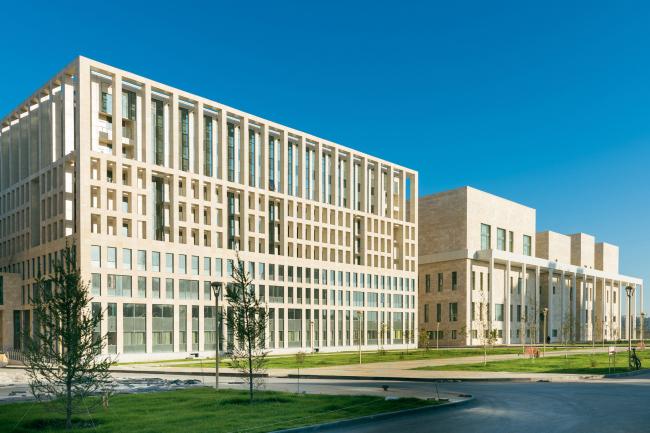 Казахская Национальная Академия Хореографии. Студия 44. Реализация, 2016. Фотография © Корпорация «Базис А»