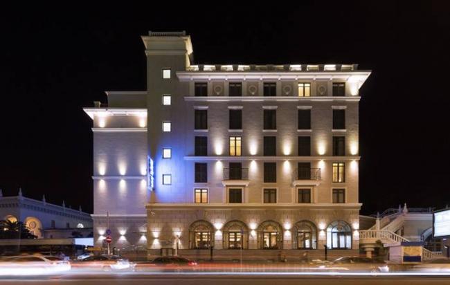 Отель Park Inn by Radisson Сочи Центр. Постройка, 2013. Фотография © Владислав Феоктистов