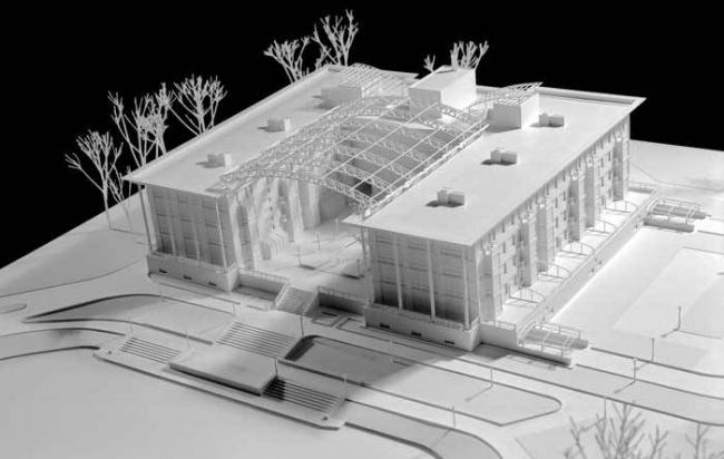 Апартамент-отель «Пятый элемент». Реализация, 2003. Макет © Ю.А. Сенаторов, В.Р. Величкевич