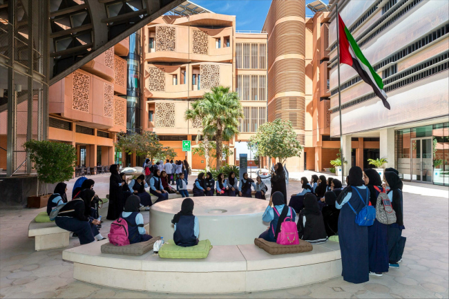 Масдар.  Фотография предоставлена организаторами конференц-тура «Город как инновация»