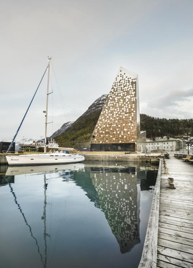 Норвежский скалолазный центр © Fotografandre.no
