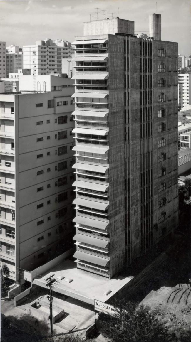 «Здание Гуаимбе» в Сан-Паулу. 1962. Фото предоставлено бюро Паулу Мендеса да Роша