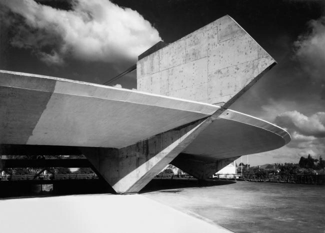 Комплекс спортивного клуба «Паулистану» в Сан-Паулу. 1957. Фото предоставлено бюро Паулу Мендеса да Роша