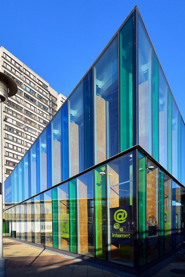 Библиотека Idea Store на Крисп-стрит. Фото: George Rex via flickr.com. Лицензия CC BY-SA 2.0