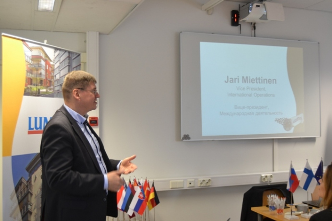 Визе-президент по международной деятельности Jari Miettinen. Фотография с сайта www.lumon.com