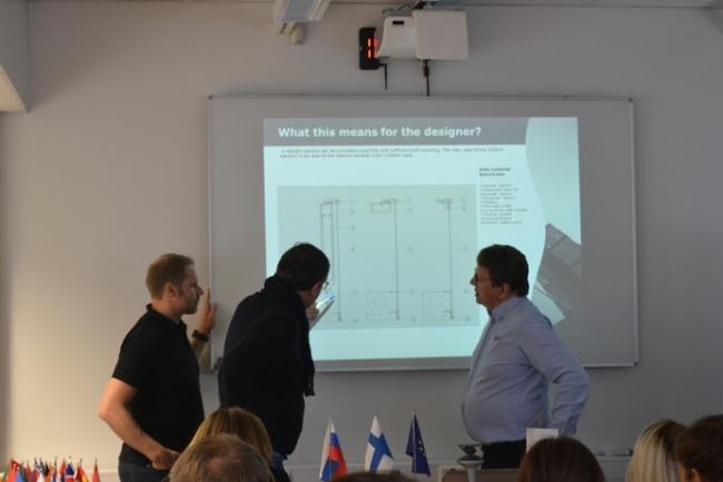 Технические аспекты на русском языке объяснял организатор российского направления компании Lumon Juhani Raitinpää. Фотография с сайта www.lumon.com