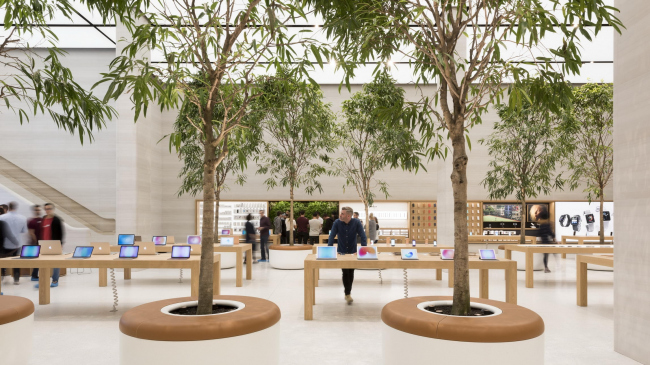 Магазин Apple на Риджент-стрит © Nigel Young / Foster + Partners