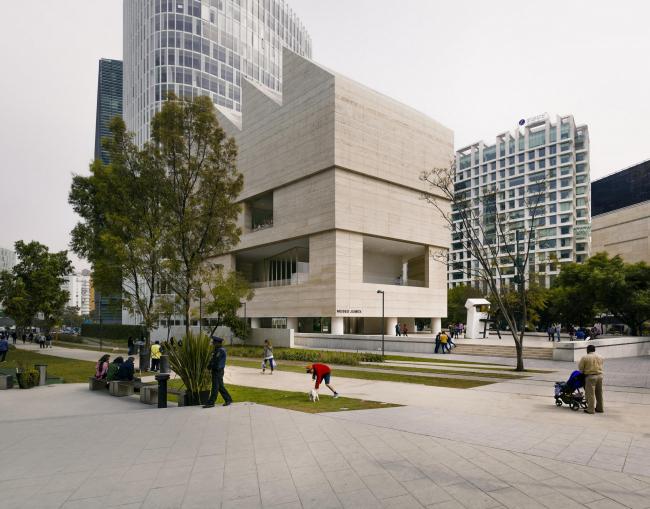 Музей Jumex в Мехико © Simon Menges