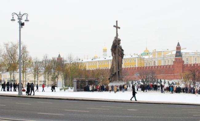 Боровицкая площадь, 11.2016. Фотография © Юлия Тарабарина, Архи.ру
