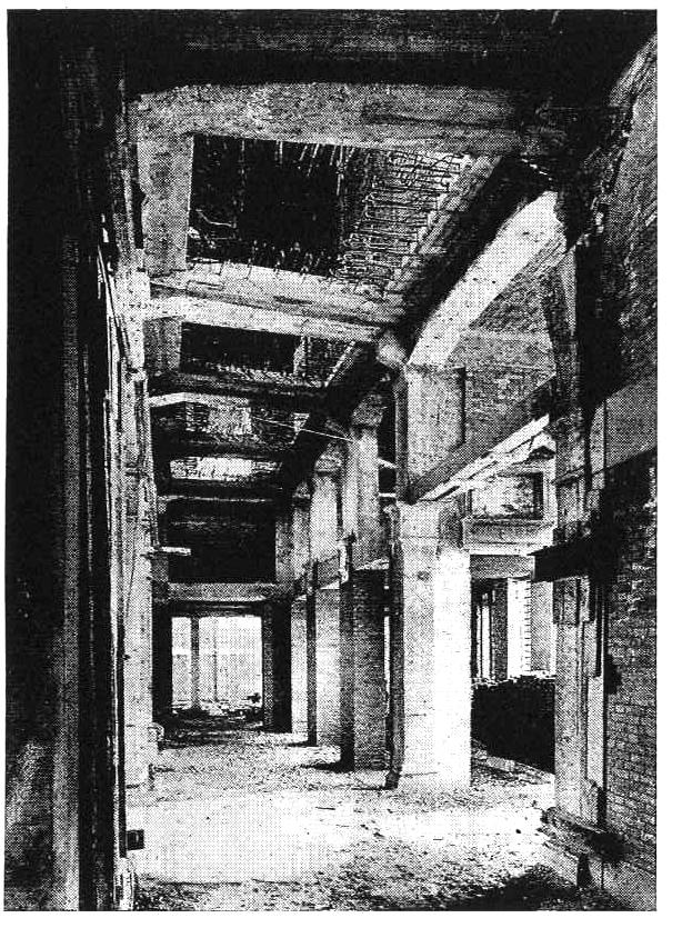 Комплекс Фондако деи Тедески – реконструкция. Перестройка сводов в 1930-е годы © OMA