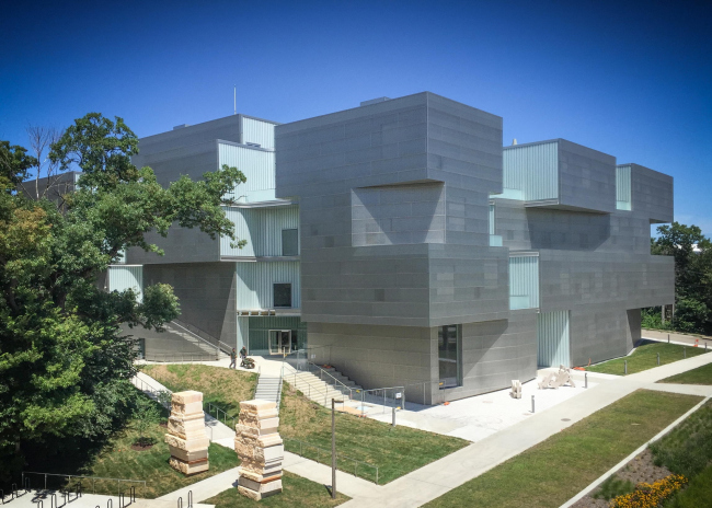 Корпус изобразительных искусств Университета Айовы © Eric Dean