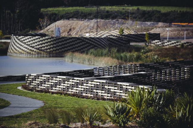 Парк Kopupaka Reserve (Окленд, Новая Зеландия).  Isthmus Ltd. Изображение предоставлено WAF