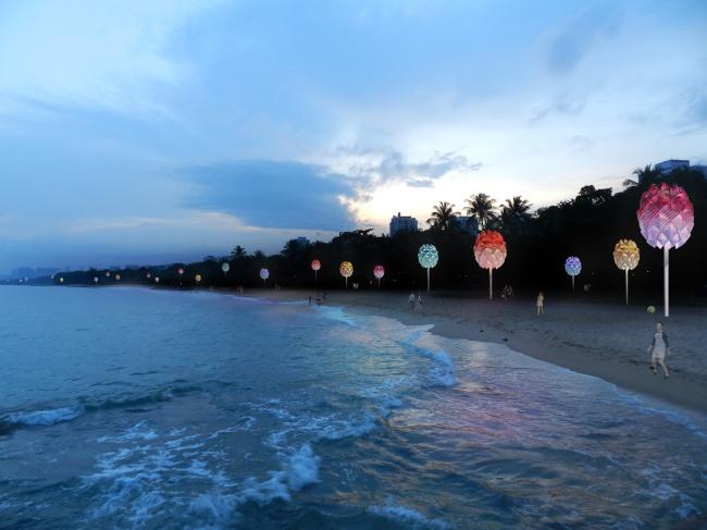 Навесы для пляжа в Сингапуре.  Spark Architects. Изображение предоставлено WAF