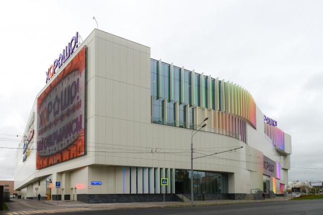 Метро полежаевская торговый центр хорошо