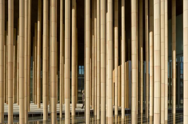 Павильон Испании на Всемирной выставке в Сарагосе в 2008 © Pedro Pegenaute
