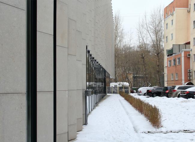 Деловой центр на улице Красина; дворовый фасад. ТПО «Резерв», реализация, 2016. Фотография © Юлия Тарабарина, Архи.ру