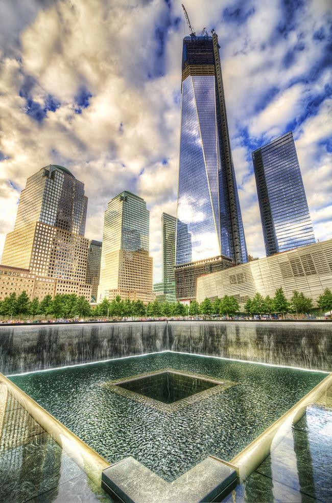 Национальный мемориал 11 сентября. Фото: Dan DeChiaro via Wikimedia Commons. Лицензия CC-BY-2.0