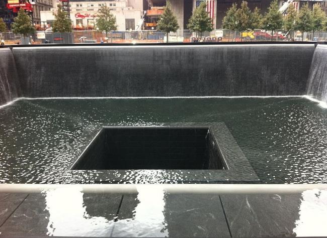 Национальный мемориал 11 сентября. Фото: Kai Brinker via Wikimedia Commons. Лицензия CC-BY-SA-2.0