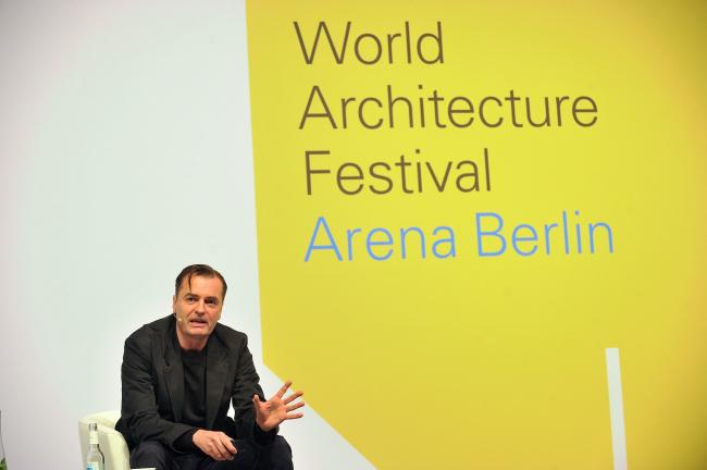 Не менее популярной оказалась лекция архитектора Патрика Шумахера, руководителя бюро Zaha Hadid architects о современной жилой архитектуре и то том, каковы реальные потребности человека в жилье сейчас © WAF 2016