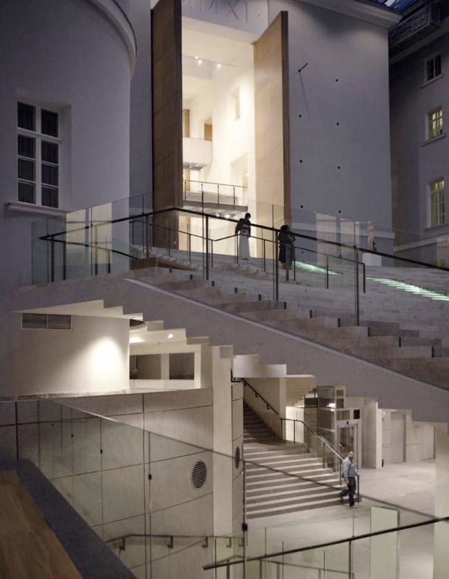 Государственный Эрмитаж, новая Большая Анфилада в восточном крыле Главного Штаба, Санкт-Петербург © Студия 44