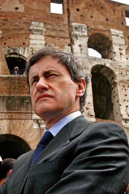 Мэр Рима Джанни Алеманно на страже архитектурного наследия города