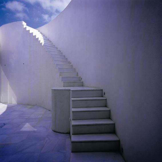 Casa de Retiro Espiritual © Emilio Ambasz