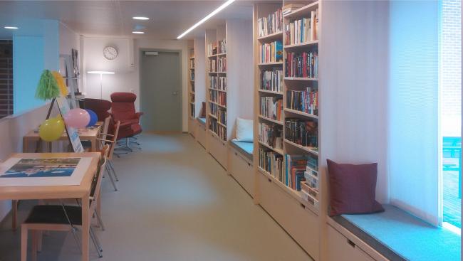 Жилой комплекс «Котисатама». Библиотека © Kirsti Sivén & Asko Takala Arkkitehdit Oy