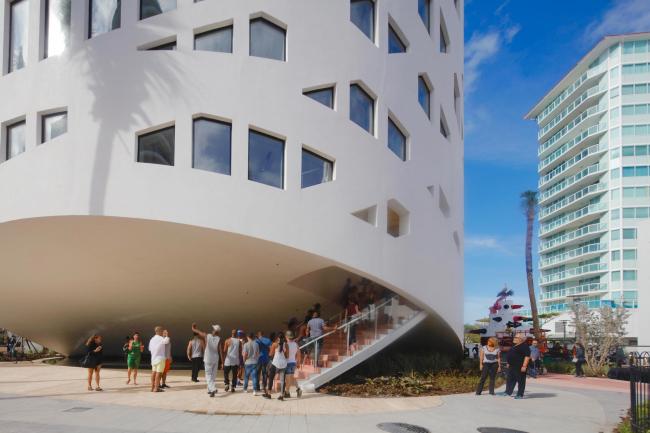 Комплекс Faena District. Арт-центр Faena Forum © Philippe Ruault
