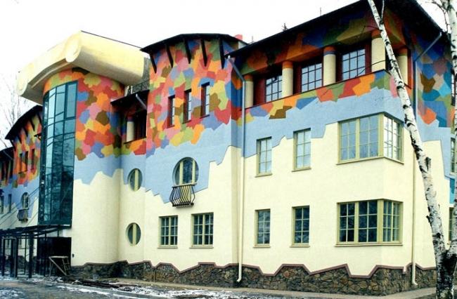 Жилой комплекс на Кременчугской улице. Северный фасад © Архитектурно-дизайнерская мастерская А. А. Чернихова