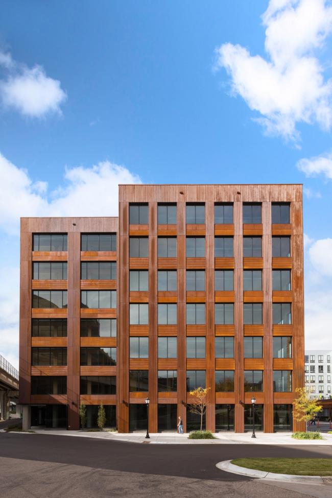 Офисное здание T3 © Ema Peter