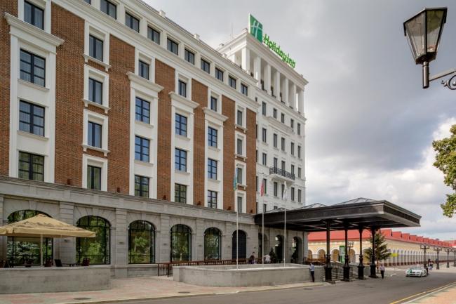 Отель HOLIDAY INN. Фотография с сайта www.101hotels.ru