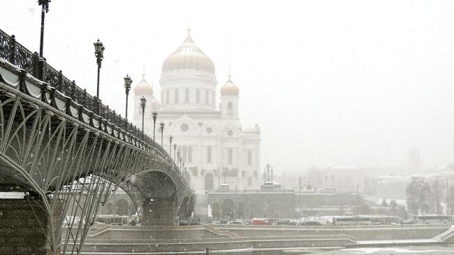 Патриарший пешеходный мост. Фото: Алексей Павлов via Wikimedia Commons. Лицензия CC BY-SA 4.0