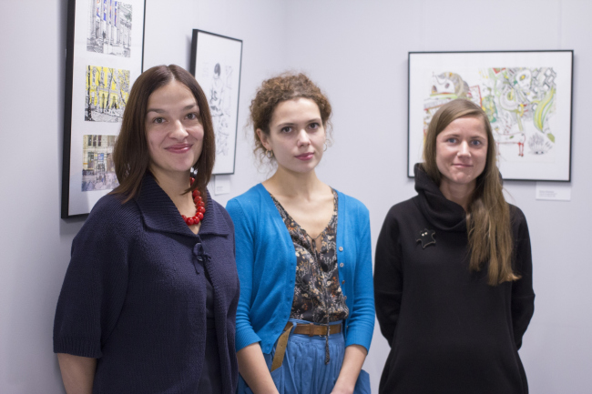 "Ekaterina Shalina (curator), Elena Sadkovskaya, Galina Shashkina at the inauguration of the exhibition ""Architects Drawing Life« // »Rules of Communication"", 2016"