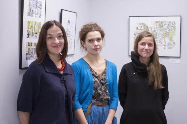 "Ekaterina Shalina (curator), Elena Sadkovskaya, Galina Shashkina at the inauguration of the exhibition ""Architects Drawing Life"" // ""Rules of Communication"", 2016"
