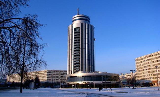Бизнес-центр 2-18. Фотография с сайта www.naberejnye-chelny.3goroda.ru