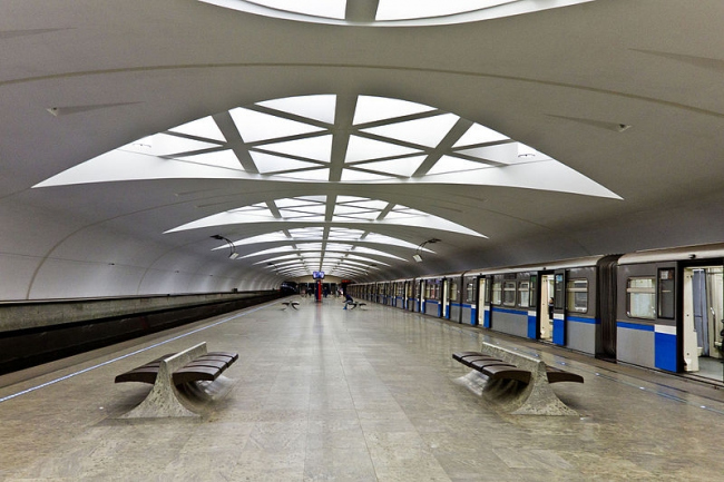 Станция «Строгино» Митинско-Строгинской линии Московского Метрополитена. Фото: Antares 610 via Wikimedia Commons. Лицензия  Creative Commons CC0 1.0