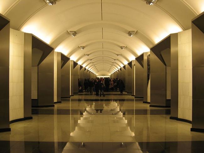 Станция метро «Сретенский бульвар». Фото: d.wine via Wikimedia Commons. Лицензия GNU Free Documentation License версии 1.2