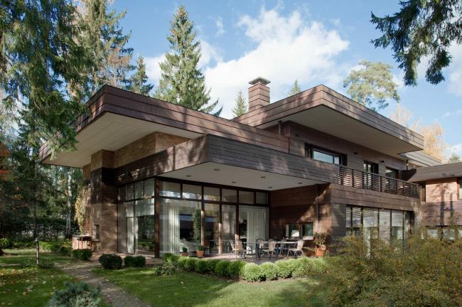 Дом-двор