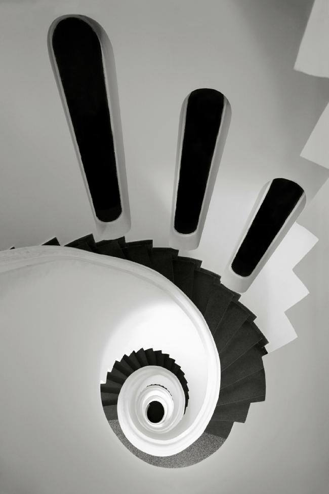 Винтовая лестница, Италия © Rod Edwards