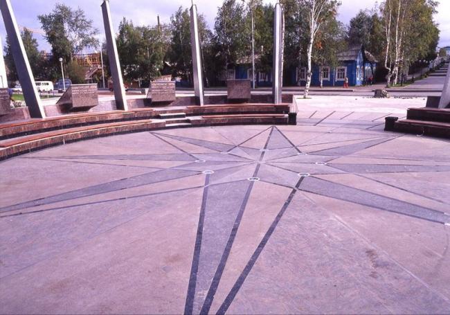 Площадь спортивной славы в Ханты-Мансийске © ГрандПроектСити