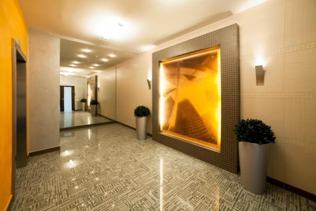 Многопрофильный торгово-выставочный комплекс с офисными помещениями и подземной парковкой © Новый проект