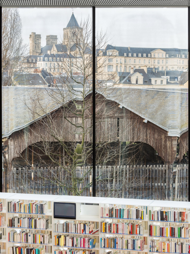 Библиотека имени Алексиса де Токвиля. Фото: Delfino Sisto Legnani & Marco Cappelletti © OMA