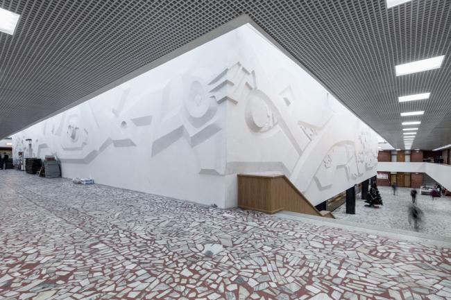 Вестибюль и рекреация аудиторий и библиотеки. 2017 г. Фото © Денис Есаков