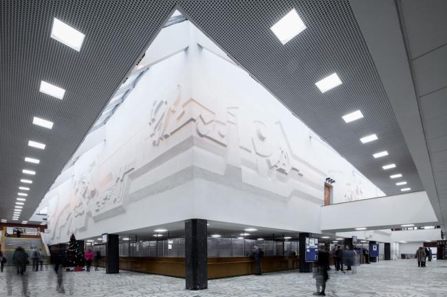 Главный вестибюль. 2017 г. Фото © Денис Есаков