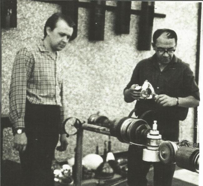 Скульпторы: слева С.Чехов, справа В. Тюлин. 1971