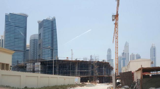 Проект фасадов гостиницы «Crystal Jumerian Hotel» в г. Дубай. Фотографии стройки отеля, 2017 © ГрандПроектСити