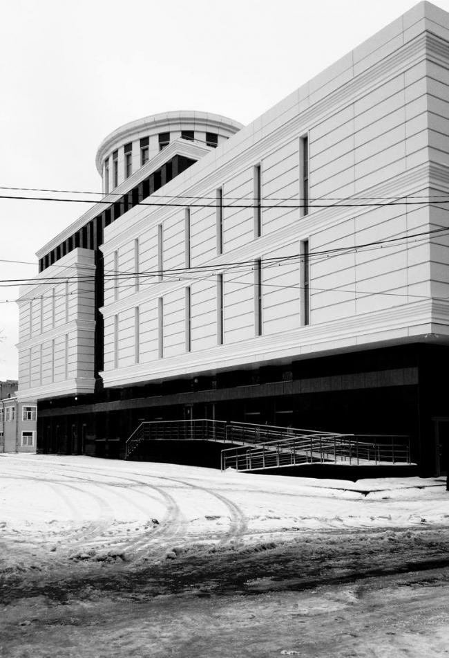 Торгово-офисный центр на ул.Веденяпина © ПТМА Тимофеева С.А.