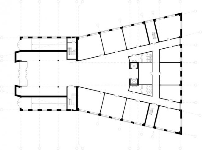 Административное здание на ул. Деловая. План 1-го этажа © Архитекторы: А. Худин, И. Широков